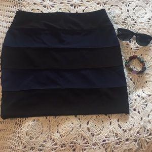 New Twenty One Mini Skirt Size Large Blue Black